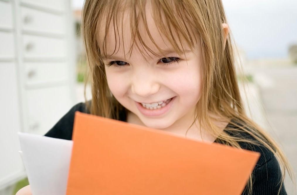 teaching kids using sandpaper letters